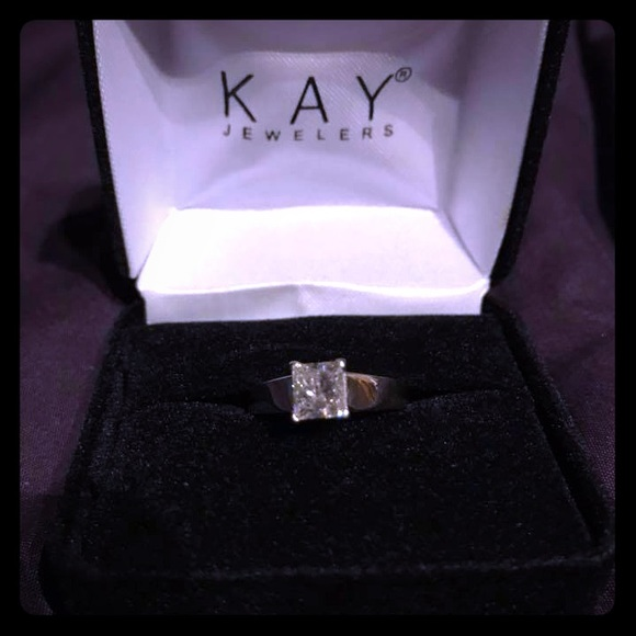 Kay Jewelers Jewelry - 1 Ct Solitaire 14k White Gold Sz 7 engagement ring